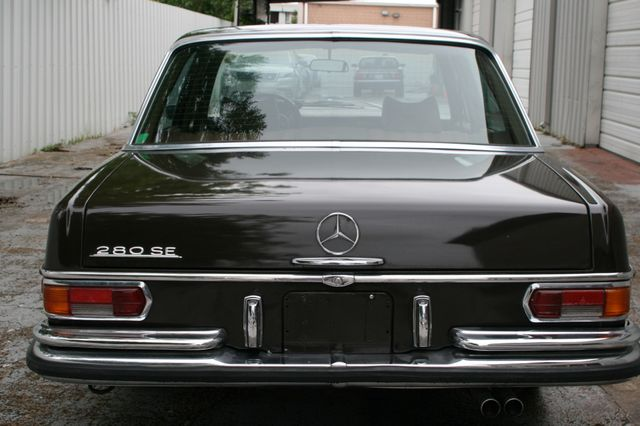 1972 Mercedes-Benz 280 SE Houston, Texas 6