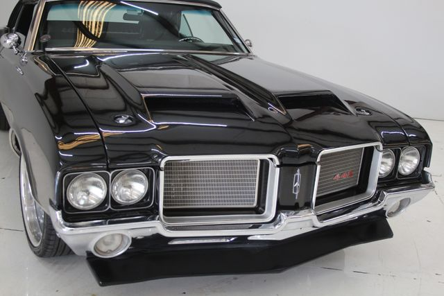 1972 Oldsmobile Cutlass 442 Restomod Houston, Texas 4