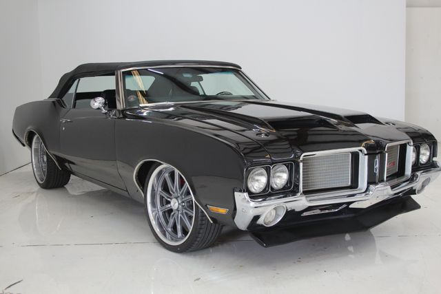 1972 Oldsmobile Cutlass 442 Restomod Houston, Texas 5
