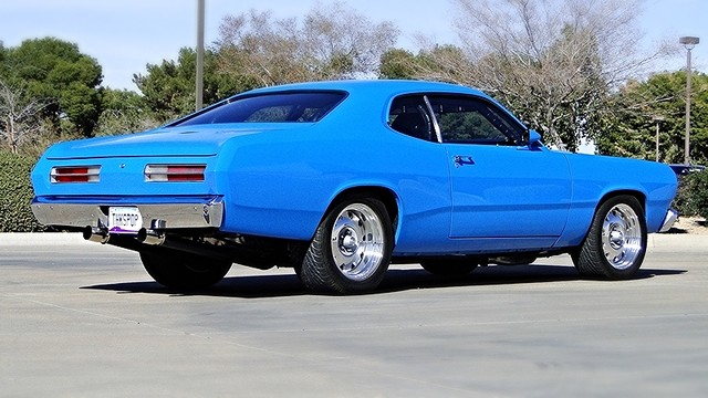 1972 Plymouth HEMI DUSTER RESTO-MOD Phoenix, Arizona 3