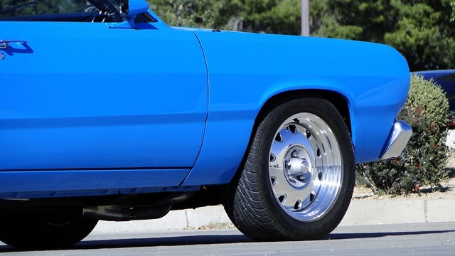 1972 Plymouth HEMI DUSTER RESTO-MOD Phoenix, Arizona 17