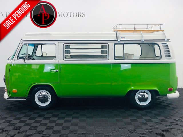 1972 Volkswagen BAY WINDOW BUS WESTFALIA SHOW QUALITY