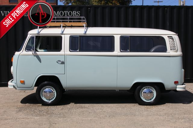 1974 Volkswagen BUS TRANSPORTER NEW PAINT BAY WINDOW