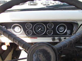 1976 Ford F600   Glendive MT  Glendive Sales Corp  in Glendive, MT