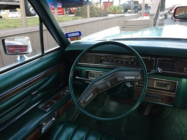 1977 Lincoln Continental in Boerne, Texas 78006