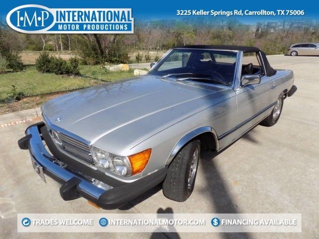 1977 Mercedes-Benz 450SL 2 Tops with Hard Top stand