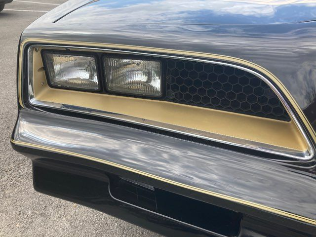 1977 Pontiac Trans Am Y82 Smokey and the Bandit Car Type in Boerne, Texas 78006