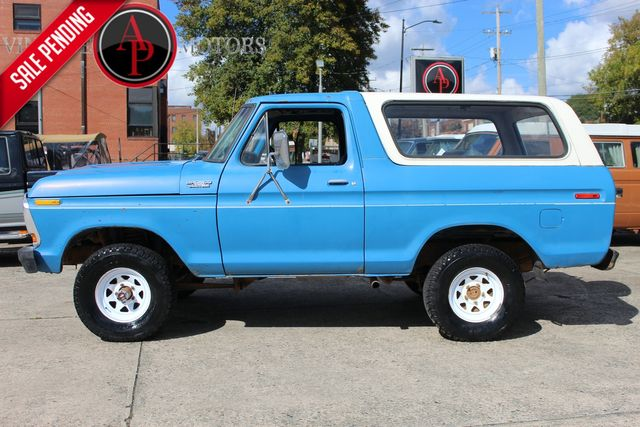 1978 Ford BRONCO CUSTOM ROUND HEADLIGHT