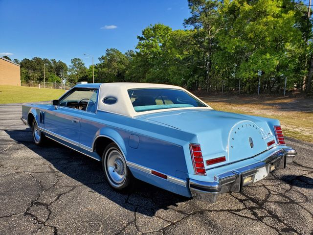 1979 Lincoln CONTINETNAL MARK V in Hope Mills, NC 28348