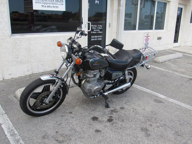 1981 Honda CM400C in Dania Beach Florida, 33004