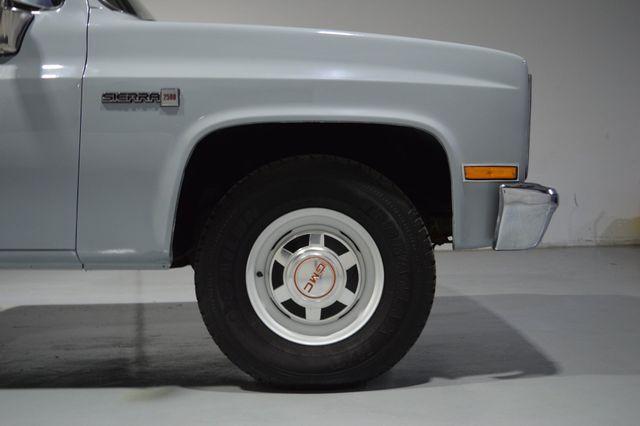 1982 GMC Sierra 2500 Tampa, Florida 19