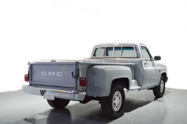 1982 GMC Sierra 2500 Tampa, Florida 3