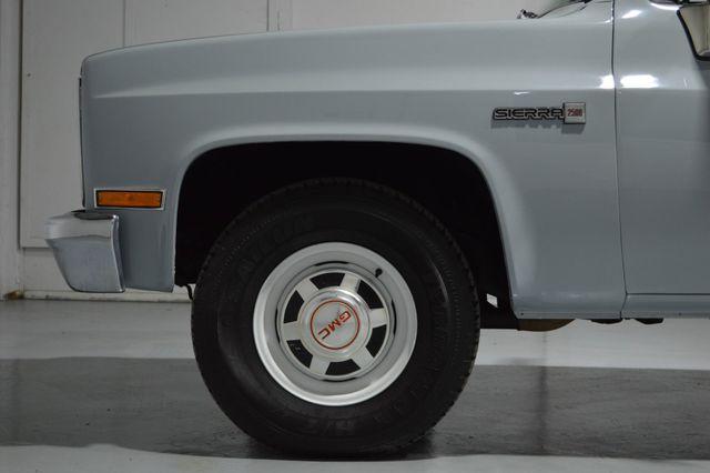1982 GMC Sierra 2500 Tampa, Florida 32
