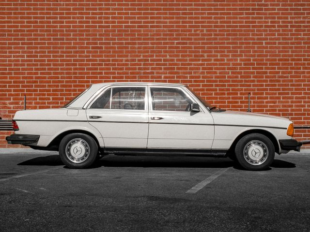 1982 Mercedes-Benz 240 Series 240D Burbank, CA 4