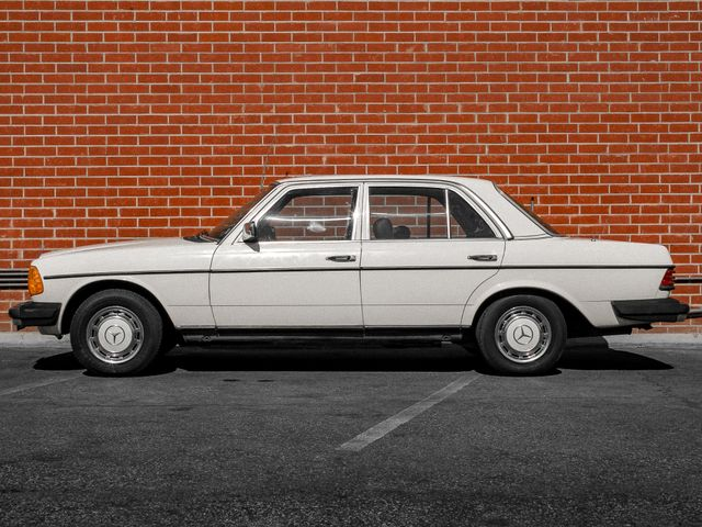1982 Mercedes-Benz 240 Series 240D Burbank, CA 5