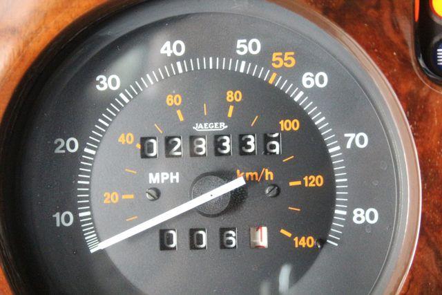 1982 Rolls-Royce SILVER SPIRIT Houston, Texas 30