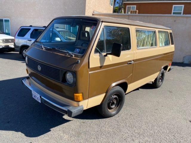 1982 Volkswagen Vanagon GL Passenger Window Van- 4 Speed Manual - 1 OWNER, CLEAN TITLE, NO ACCIDENTS - 112,000 MILES