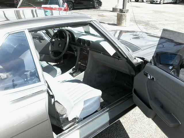 1983 Mercedes-Benz 380 Series 380SL Boerne, Texas 13