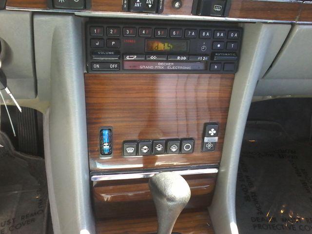 1983 Mercedes-Benz 380 Series 380SL Boerne, Texas 20