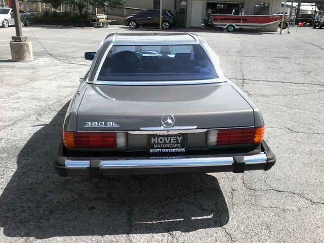 1983 Mercedes-Benz 380 Series 380SL Boerne, Texas 8
