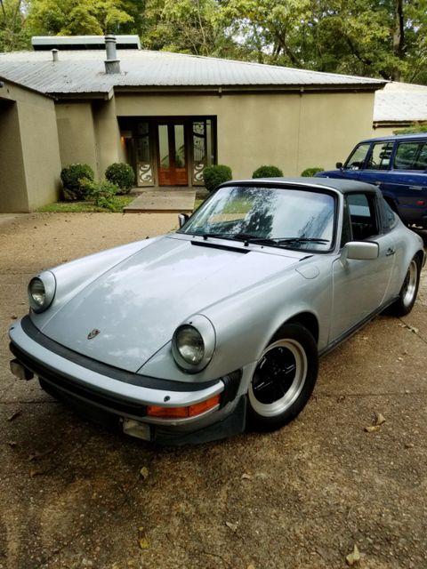 1983 Porsche 911 SC Memphis, Tennessee 2
