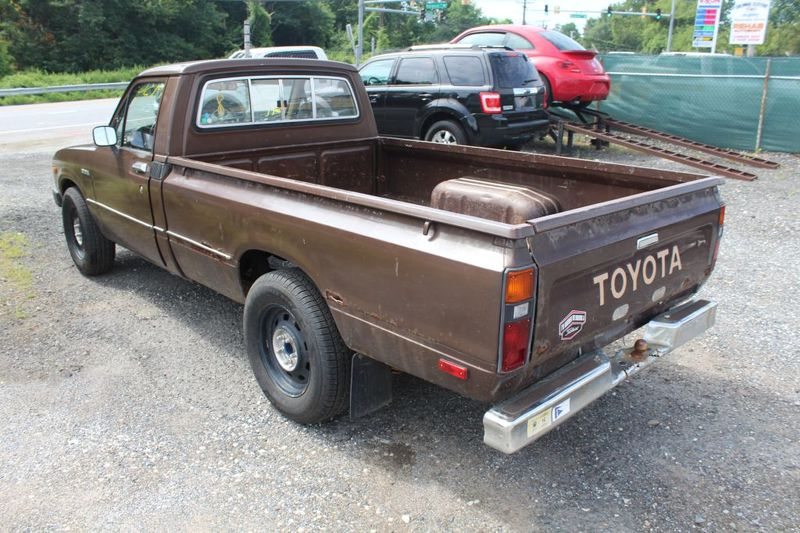 1983 Toyota Pickup  Landcruiser 12 TON RN44  city MD  South County Public Auto Auction  in Harwood, MD