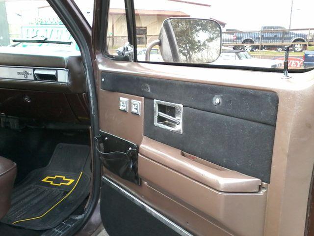 1984 Chevrolet k 10 Silverado 4X4 Boerne, Texas 10