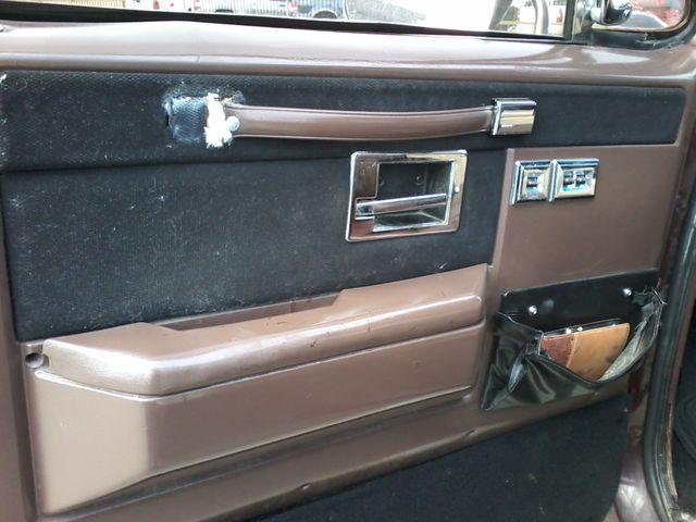 1984 Chevrolet k 10 Silverado 4X4 Boerne, Texas 11