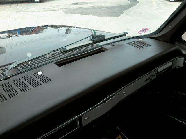 1984 Chevrolet k 10 Silverado 4X4 Boerne, Texas 17