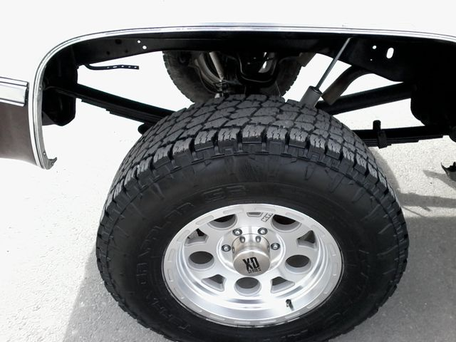 1984 Chevrolet k 10 Silverado 4X4 Boerne, Texas 22