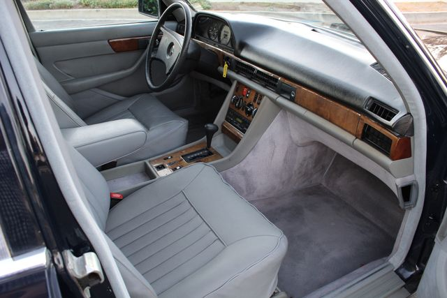 1984 Mercedes-Benz 280SE 89K MLS IMMACULATE COND. in Woodland Hills CA, 91367