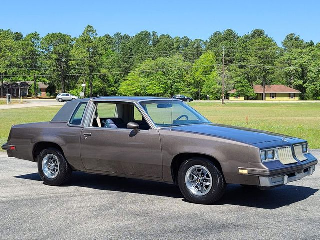 1984 Oldsmobile Cutlass Supreme in Hope Mills, NC 28348