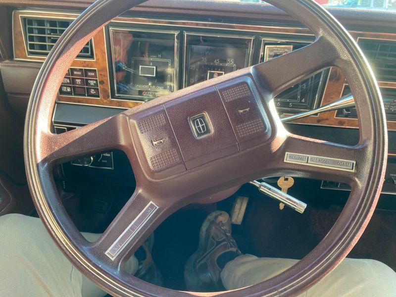 1985 Lincoln Town Car   in , Ohio