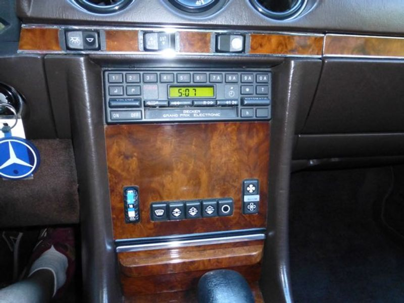 1985 Mercedes-Benz 380 Series 380SL  city MA  European Motorsports  in Lawrence, MA