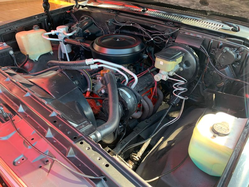 1986 Chevrolet C-10   St Charles Missouri  Schroeder Motors  in St. Charles, Missouri