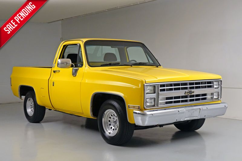 1986 Chevrolet Pickup    Plano, TX   Carrick's Autos in Plano TX