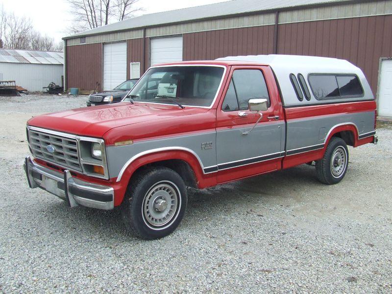 1986 Ford F-Series Pickup Lariat   Mokena, Illinois   Classic Cars America LLC in Mokena Illinois