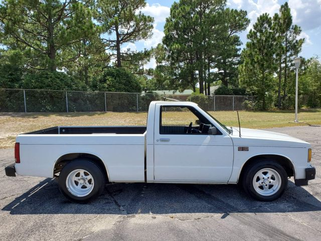 1986 GMC S TRUCK S15 in Hope Mills, NC 28348