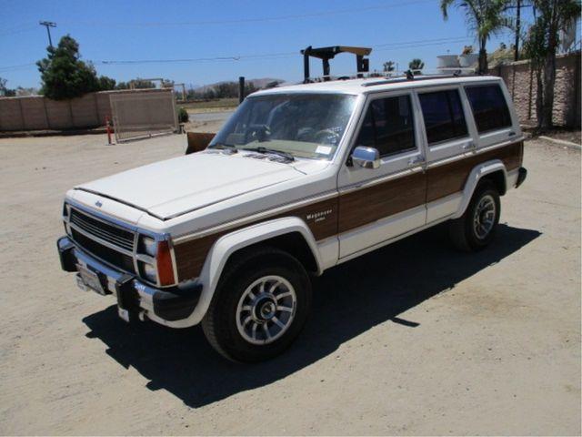 1986 Jeep XJ WAGONEER 4WD LIMITED EDITION W/ 91,897 ORIGINAL MILES in San Diego, CA 92110