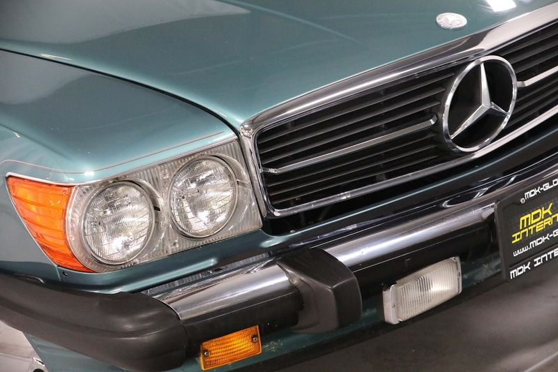 1986 Mercedes-Benz 560 Series 560SL - Only 91K miles - Soft  Hard tops  city California  MDK International  in Los Angeles, California