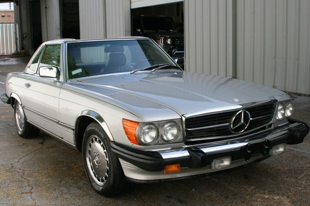 1986 Mercedes-Benz 560 Series 560SL Houston, Texas 2