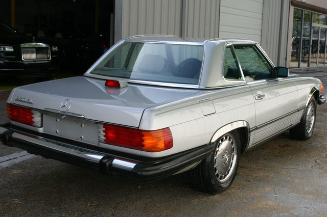 1986 Mercedes-Benz 560 Series 560SL Houston, Texas 5