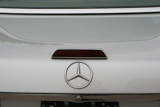 1986 Mercedes-Benz 560SL Houston, Texas 13