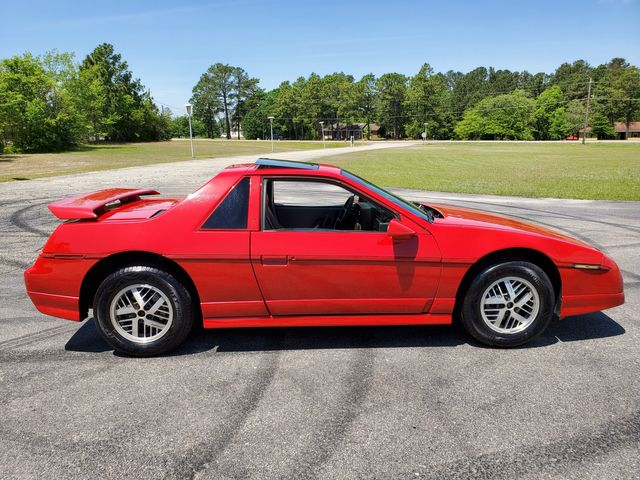 1986 Pontiac Fiero Sport SE in Hope Mills, NC 28348