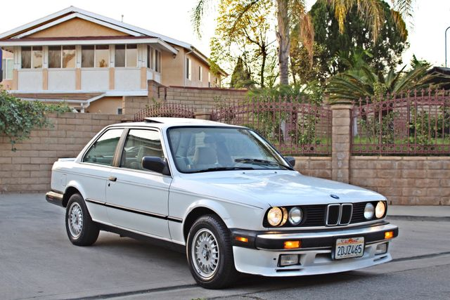 1987 BMW 3 Series 325ES COUPE MANUAL LEATHER SUNROOF ALLOY WHLS in Woodland Hills CA, 91367