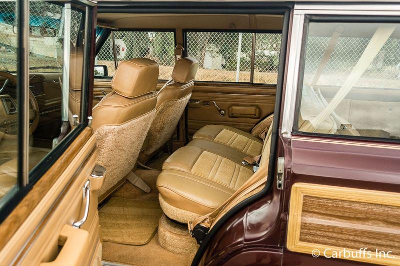 1987 Jeep Grand Wagoneer    Concord, CA   Carbuffs in Concord, CA
