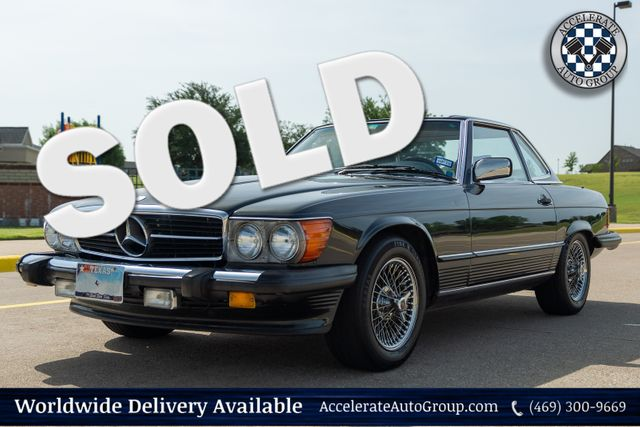 1987 Mercedes 560SL VERY NICE! in Rowlett