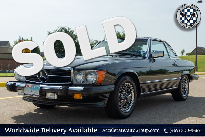 1987 Mercedes 560SL VERY NICE! in Rowlett Texas