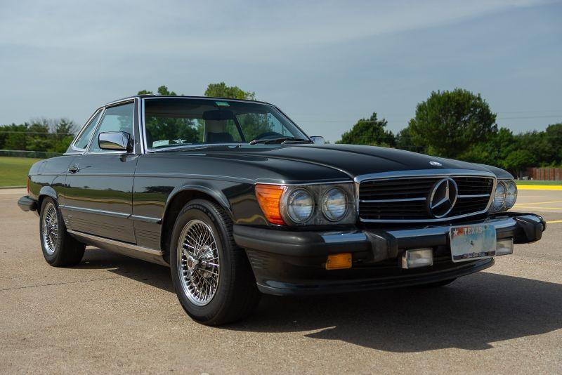 1987 Mercedes 560SL VERY NICE! in Rowlett, Texas