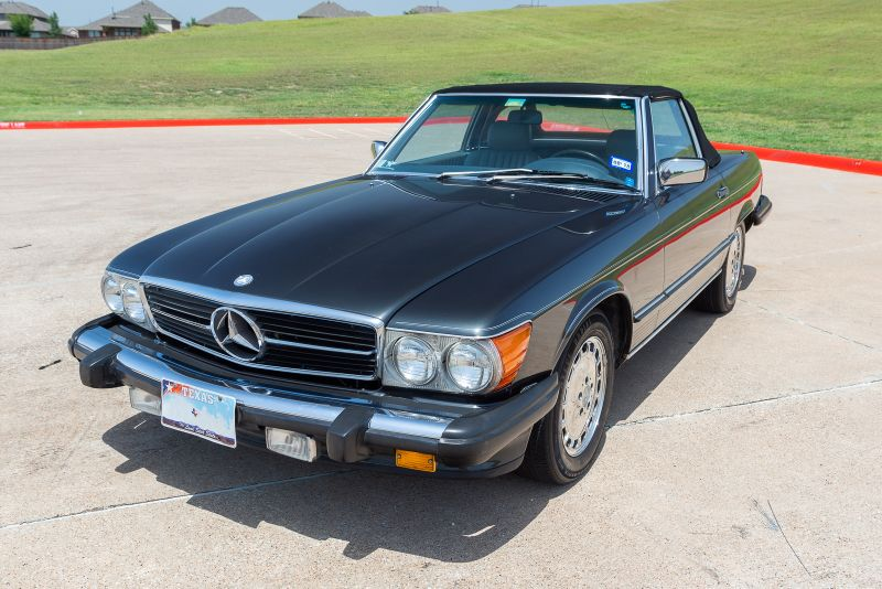 1987 Mercedes 560SL VERY NICE! in Rowlett, Texas